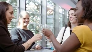 Networking 101 – The Forward Ladies Networking Guide for Beginners