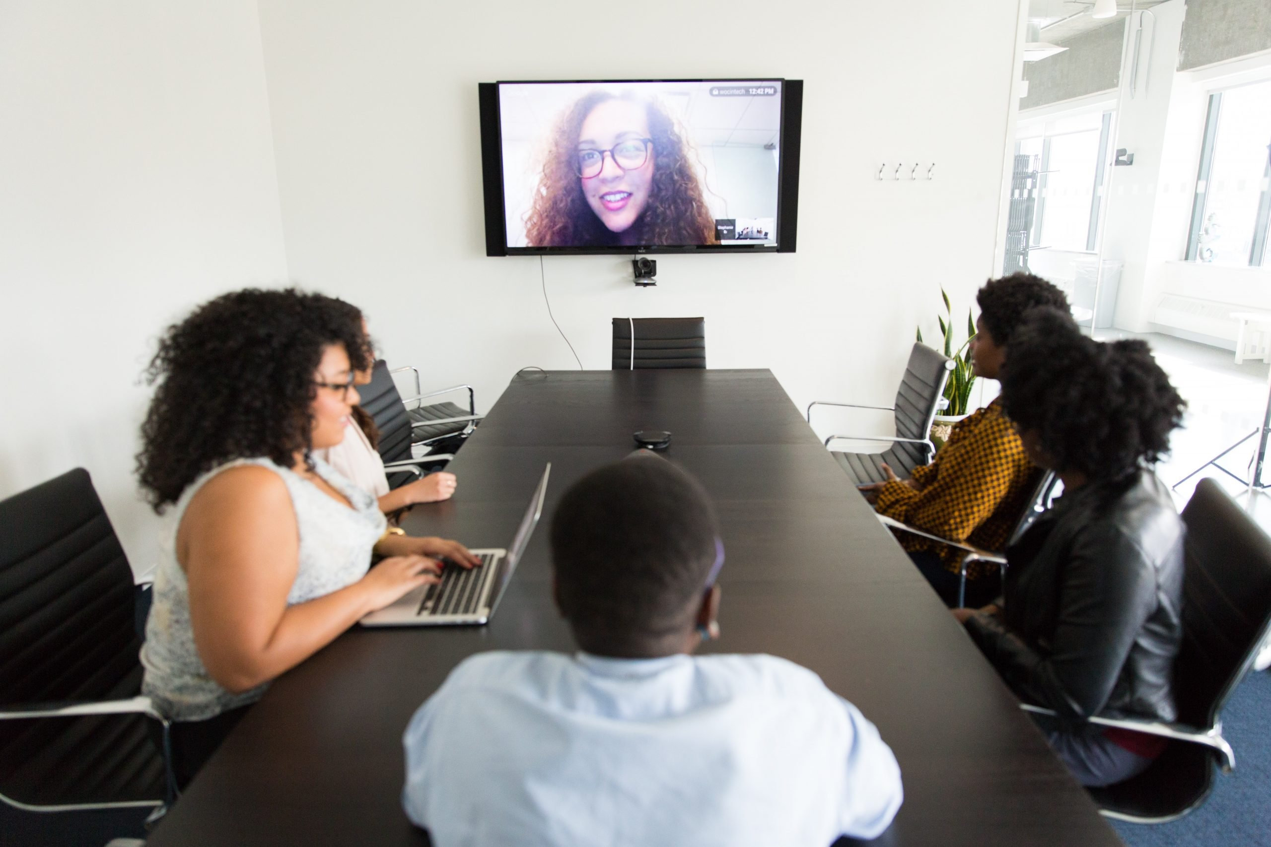 10 Tips for Women Needing to Negotiate in a Virtual World